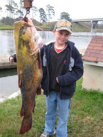 Photo braggin 39 board canal lakes fish camp auten trip for Santee fishing report